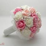 Pink-rózsaszín gyöngyös menyaszonyi csokor