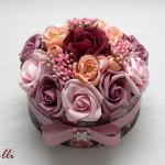 Egyedi rózsás virágdoboz
